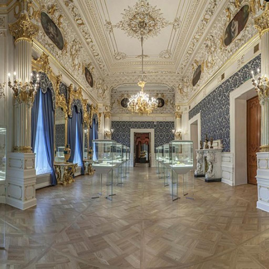 Sininen sali Fabergé-museossa.