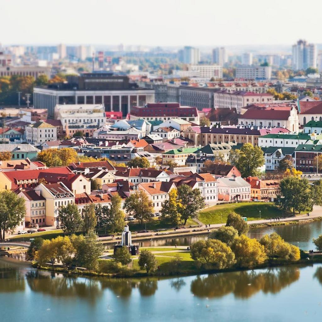 Minsk Valko-Venäjä_Lähialuematkat