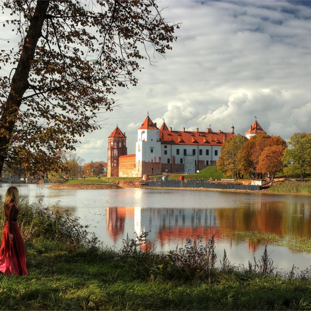 Mirin linna Valko-Venäjä I Lähialuematkat