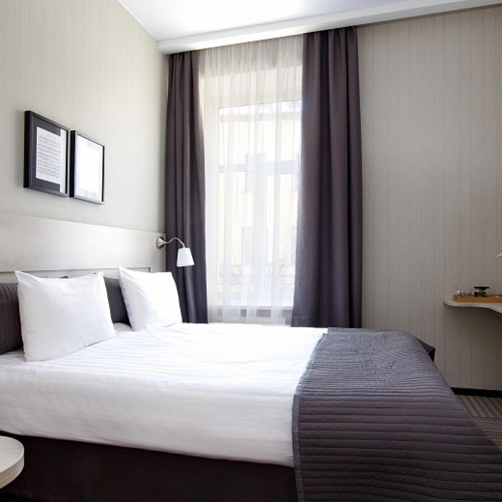 Nevsky Art Hall Hotel standard huone_Lähialuematkat