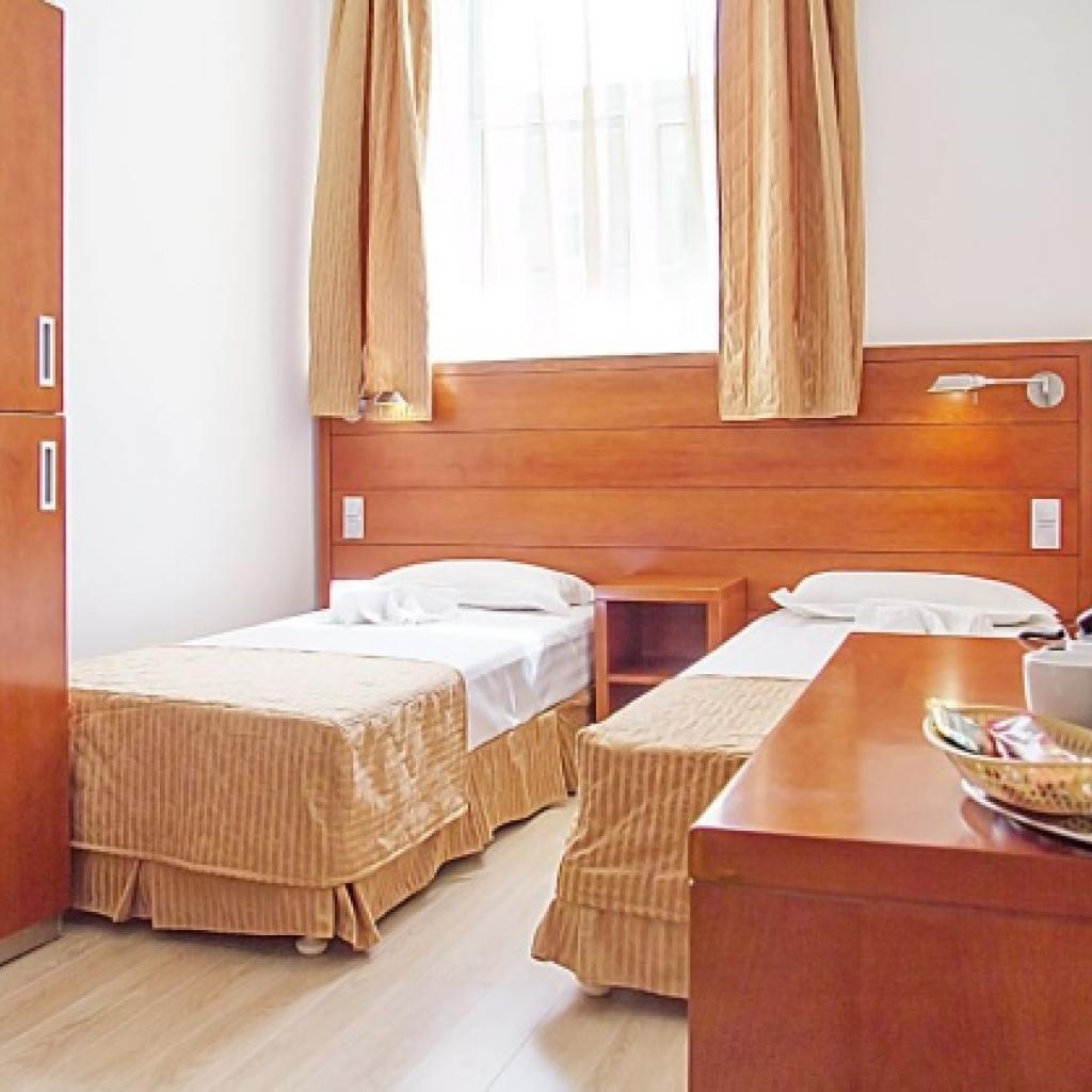 Hotel Areall Inn