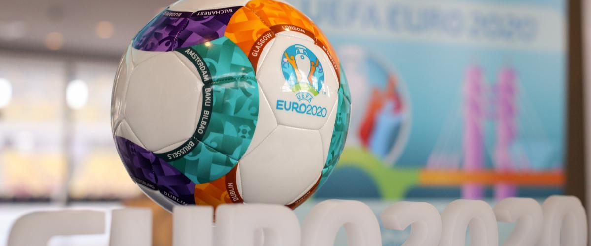Jalkapallon EM-kisat Pietarissa UEFA Lähialuematkta