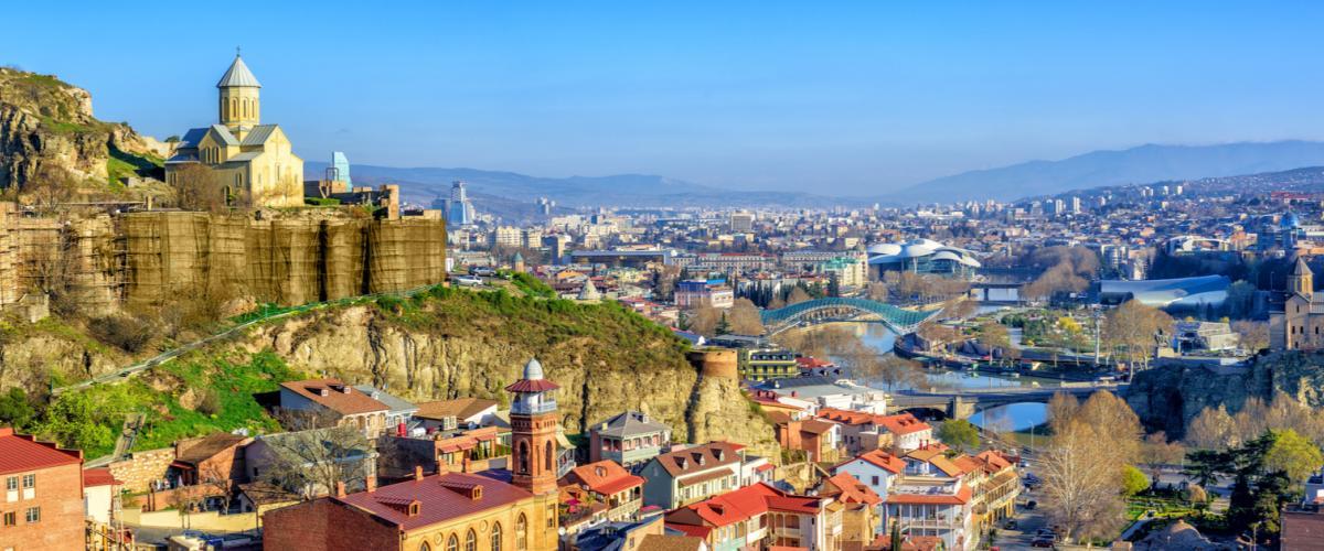 Tbilisi on Georgian kiehtova pääkaupunki I Lähialuematkat