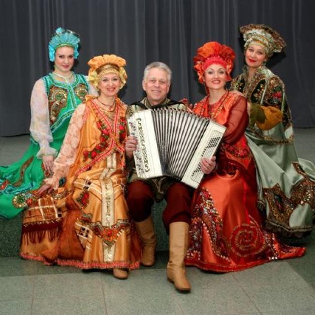 Viipurilainen kansanmusiikkiryhmä Veresk (Kanervat)_Lähialuematkat