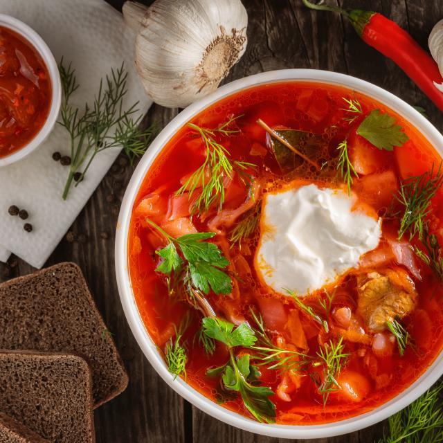 Venäläiseen keittiöön kuuluvia herkkuja